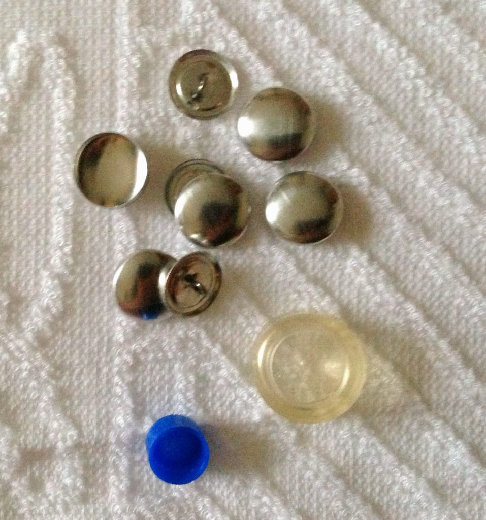 Fabric Covered Buttons Tutorial, How to Sew Fabric Covered