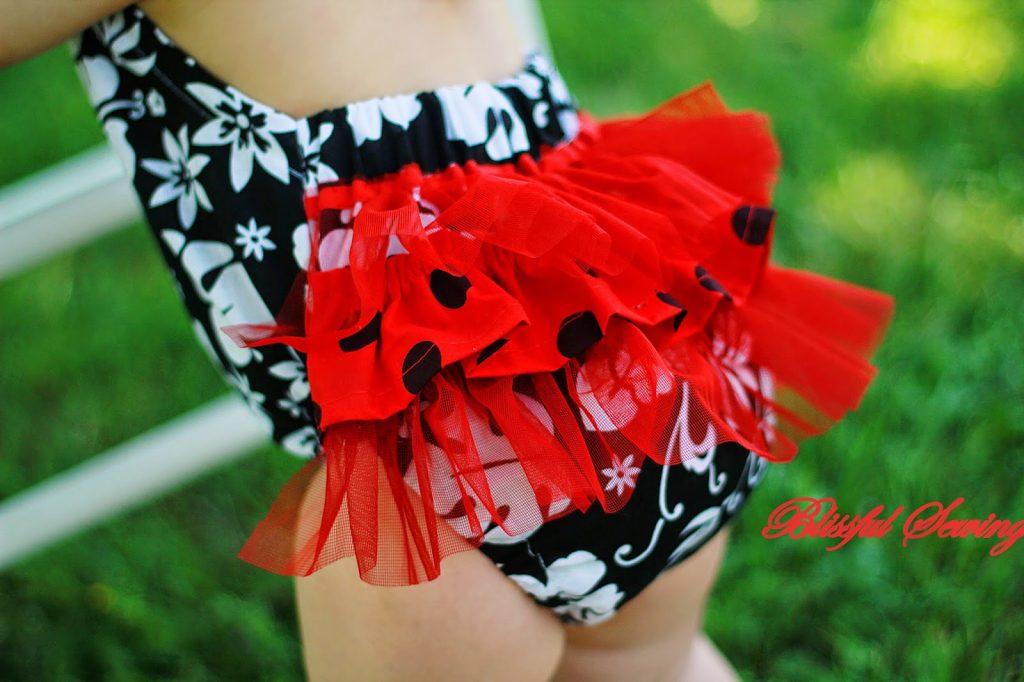 sunsuit, romper, sewing, pattern, girl, girls, children, toddler, baby, kids, stitching, tutorial, diy, summer, dress