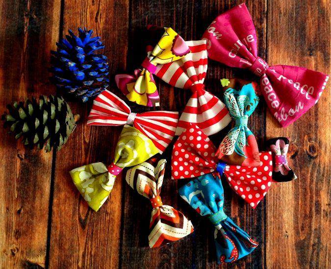 Simple and quick bow sewing pattern, with directions to make them in three sizes.