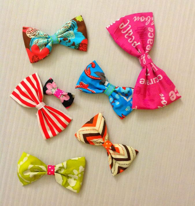 This is an easy bow sewing pattern, with instructions to make it in three different sizes.