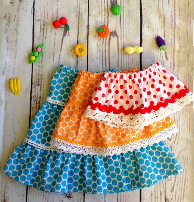 Mini, Midi and Maxi skirt sewing pattern for American 18 inch dolls.
