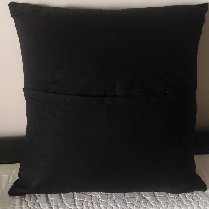 How to sew an envelope throw pillow easily.