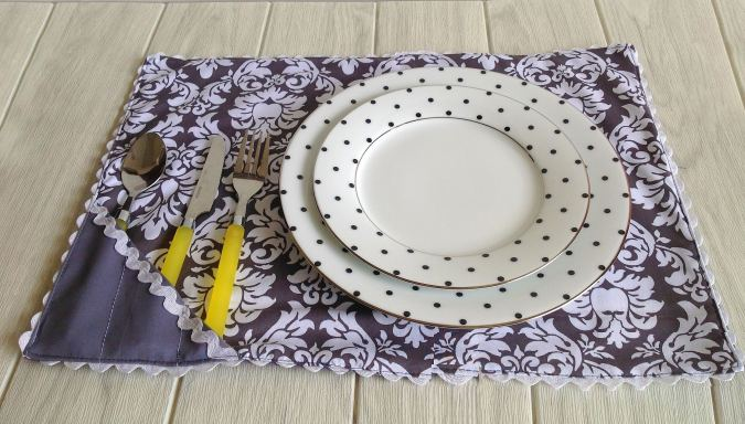 DIY Placemat sewing tutorial
