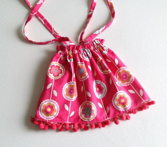 How to sew a reversible doll dress