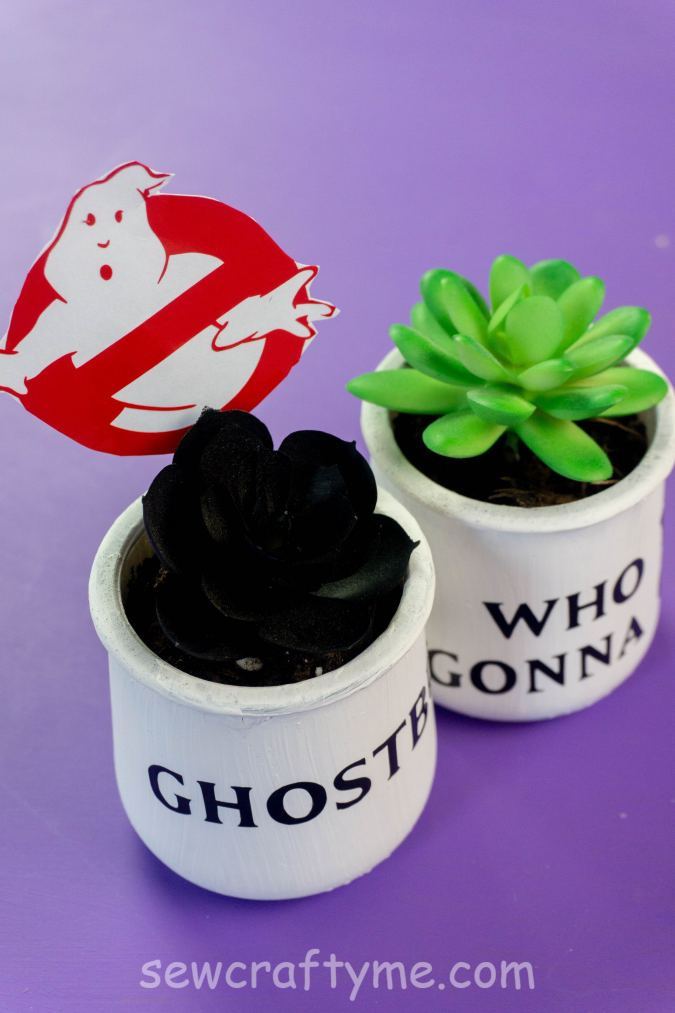 Easy Cricut Project for Halloween
