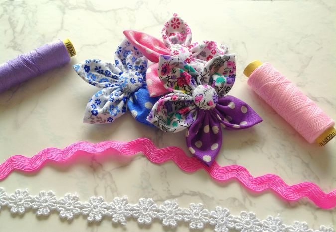how to make flowers out of fabric
