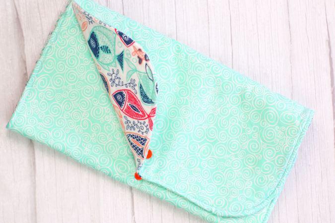 how to make a diaper clutch