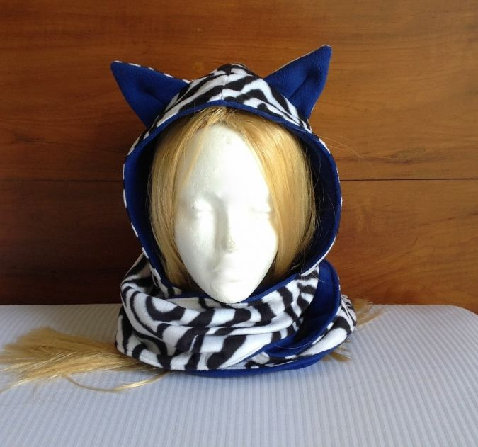 how to sew a hooded scarf