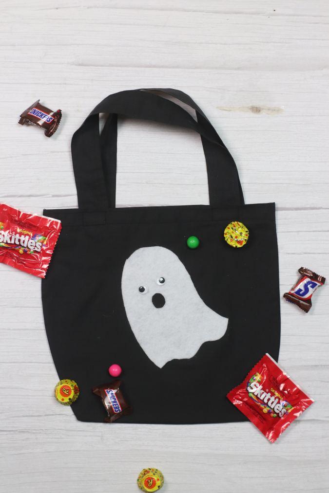 DIY Halloween Trick or Treat Bag (4)
